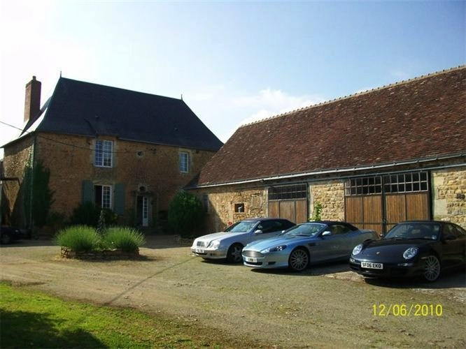Holiday Cottage Loire Valley 9 people