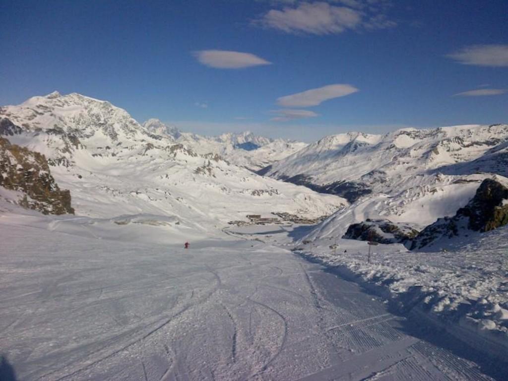 Skiing Tignes November 2013