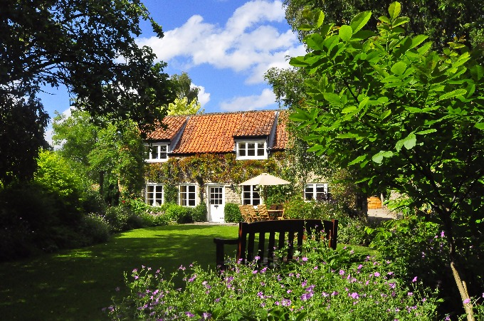 North Yorkshire Holiday Cottages Pickering North Yorks 4-12 People