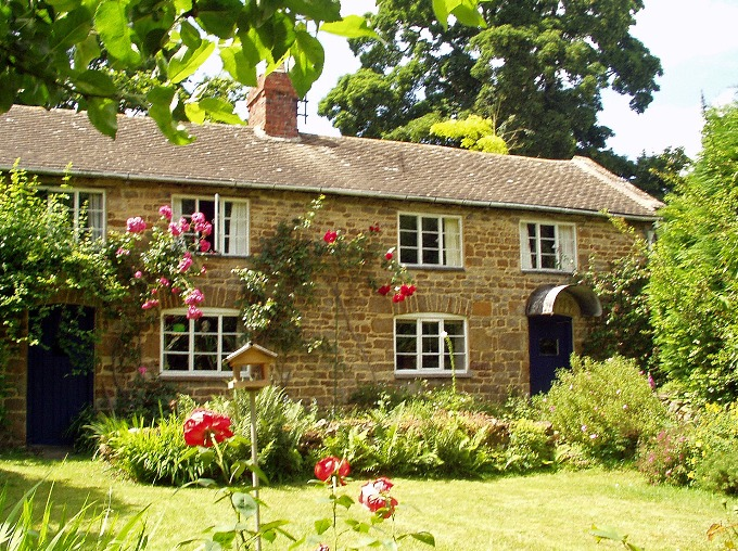 Holiday Cottages Cotswolds 5 people »  Swerford