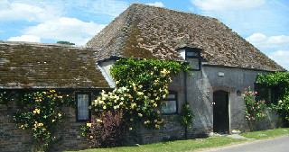 Late Availability Holiday Cottages Dorset 6 people