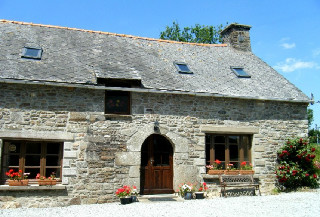 Holiday cottage Brittany - La Vieille Longere, La Fontaine Rouillee, Plessala, Cotes-d'armor, Brittany Sleeps 6 people