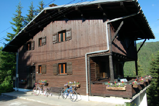 Les Gets Self catering chalets,Chalet Le Grand Pines, Les Gets, Portes Du Soleil, France