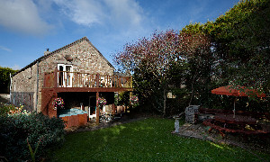 Tremornah Cottage, Borah Farm Cottages, Lamorna, St Buryan, Penzance, Cornwall, England