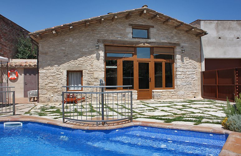Holiday Villas with Pool Catalonia Spain